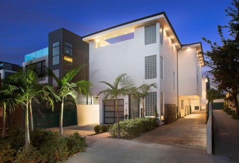 $3,850,000 Bridge Loan to Refinance and Cash Out on a Duplex in West Hollywood, CA
